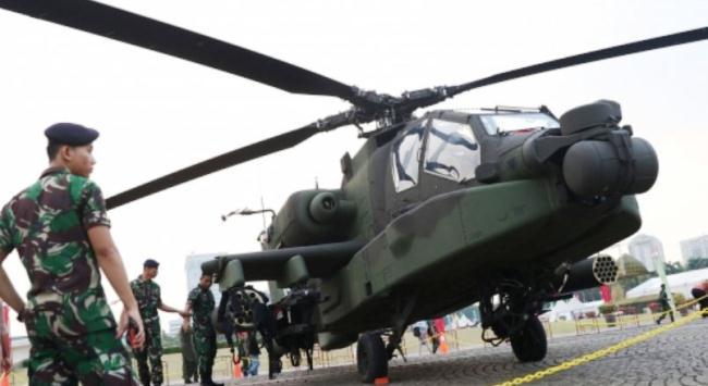 Apache AH 64E di Pameran Alutsista Monas