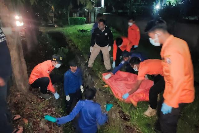 Warga Sikur digegerkan penemuan mayat tanpa busana di saluran irigasi