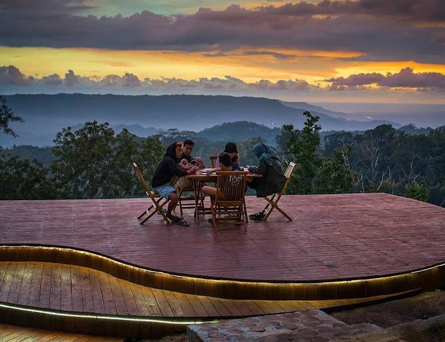 Kedai Kopi Natadamar, Tempat Nongkrong baru di Hutan Pinus Mangunan Jogja