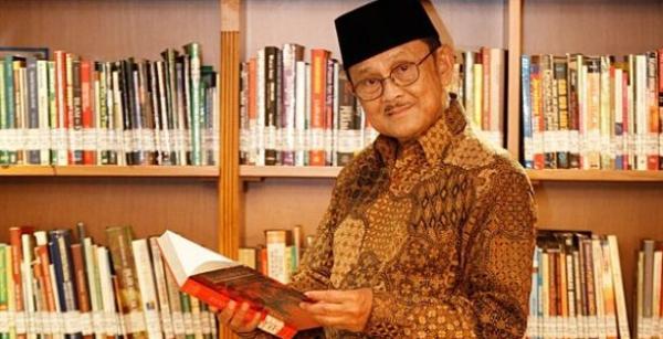 Selamat Jalan Prof. Habibie, Jasa Dan Karyamu Untuk Indonesia Tercatat Dengan Tinta Emas