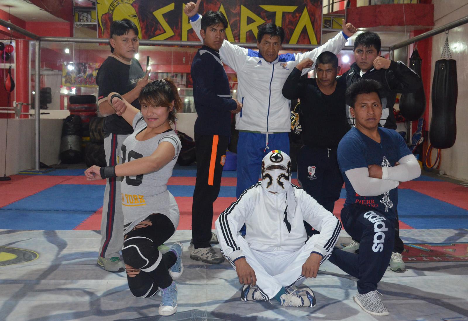 Lucha libre boliviana escuela de lucha libre del gimnasio for Gimnasio sparta