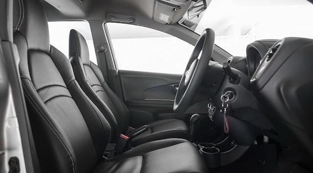 Perbandingan Toyota Avanza Veloz vs. Honda Mobilio RS