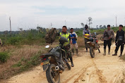 Sertu Jekson Sinaga Patroli Karhutla di Wilayah Rawan Kebakaran