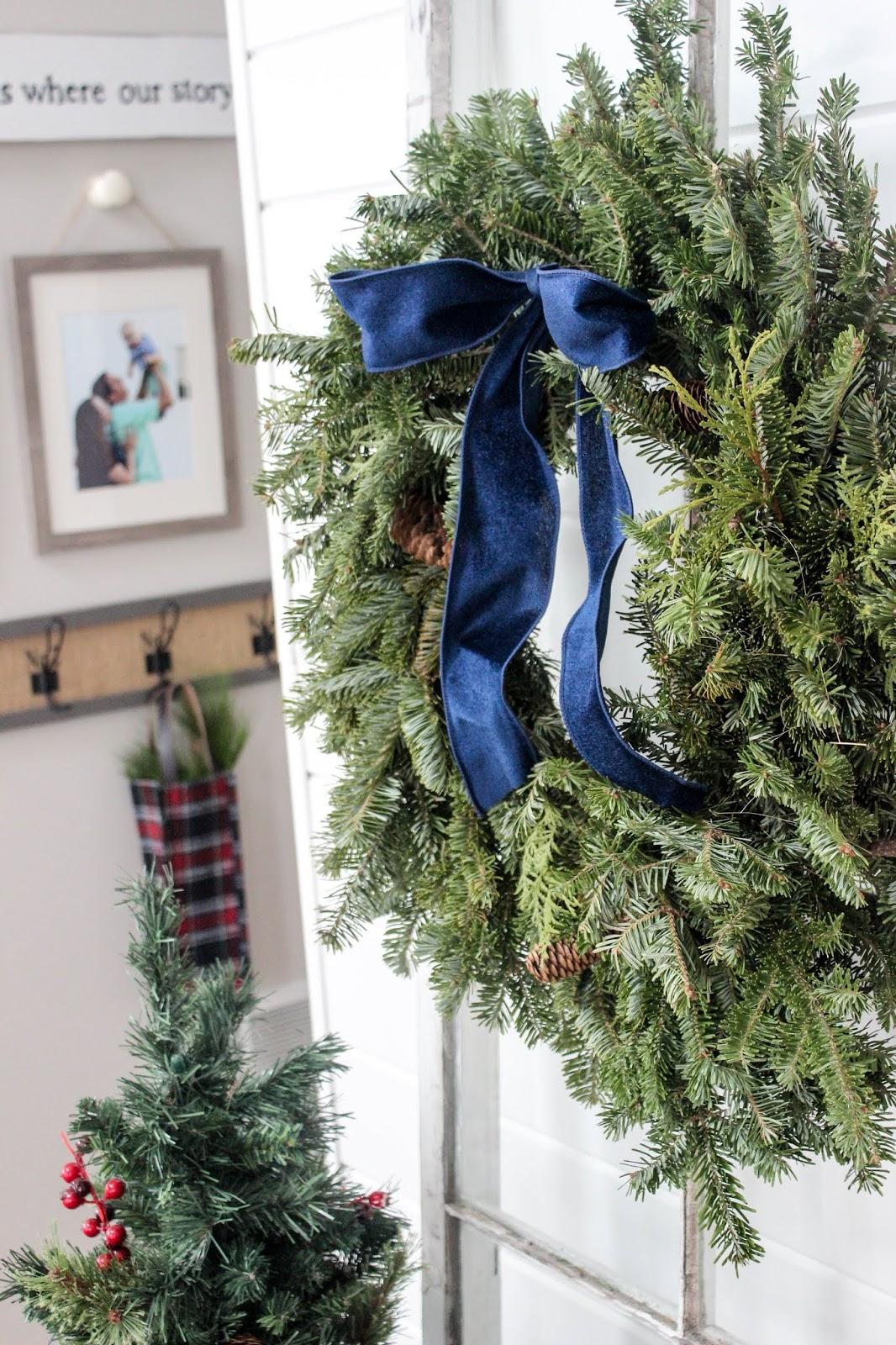 wreaths ribbon christmas