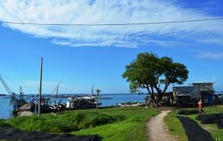 http://www.teluklove.com/2017/04/destinasti-objek-wisata-pulau-lancang.html