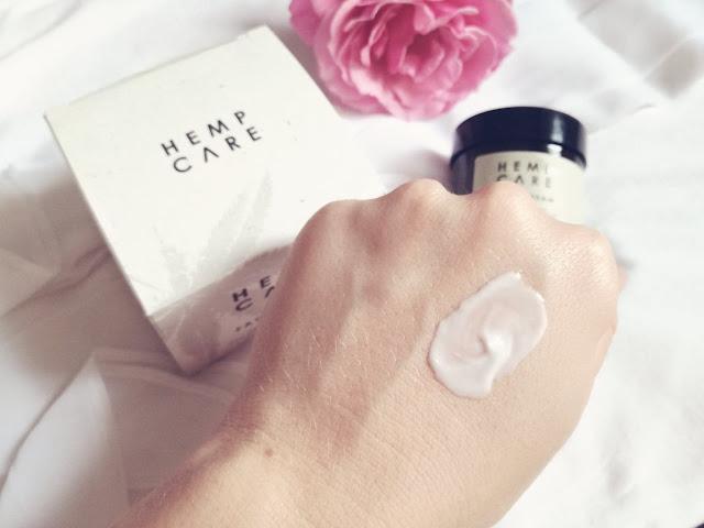 HEMP CARE  Odżywczy krem do twarzy z organicznym włoskim olejem konopnym