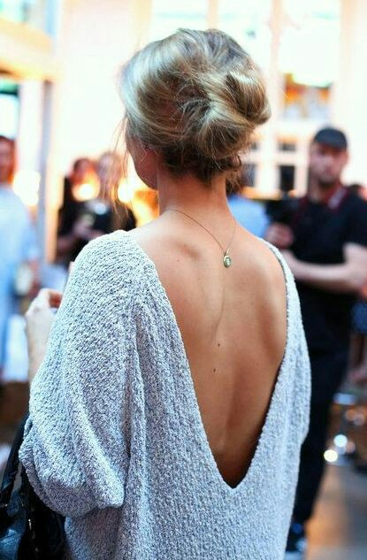 V back sweater