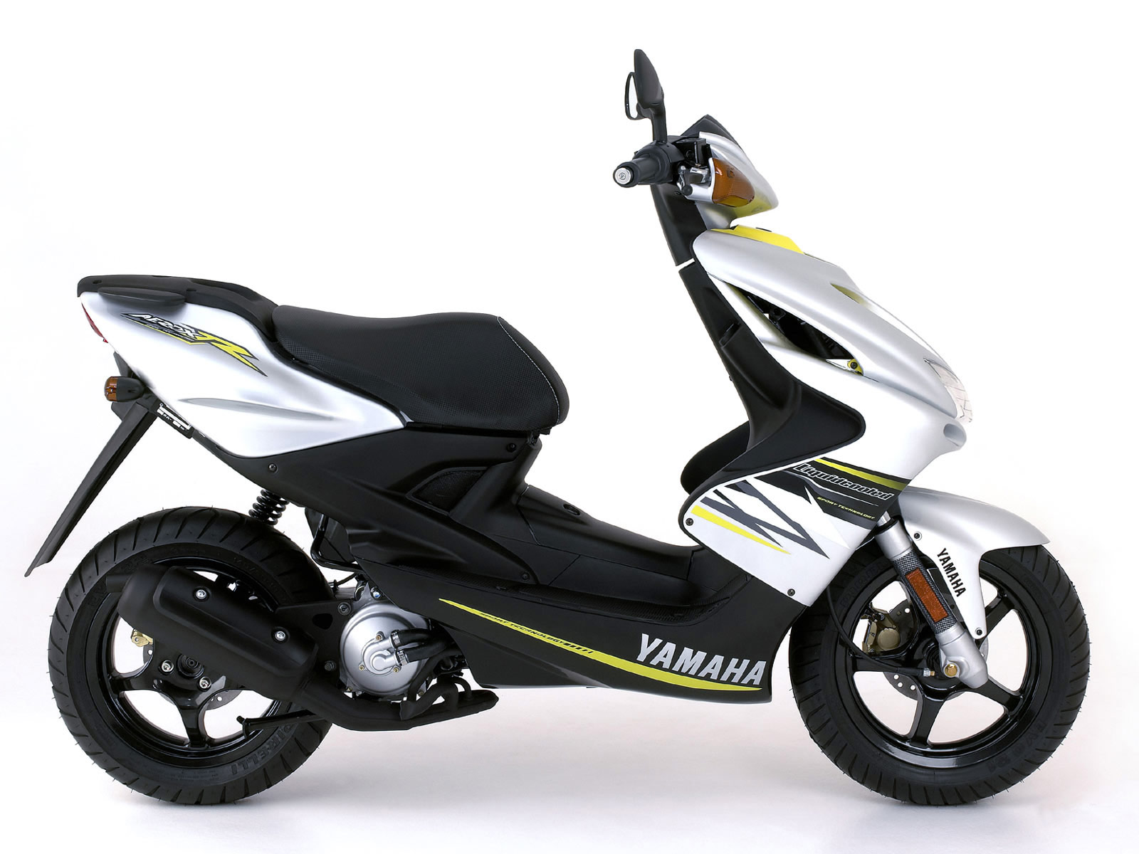 2006 yamaha yq 50 aerox r pictures. Black Bedroom Furniture Sets. Home Design Ideas