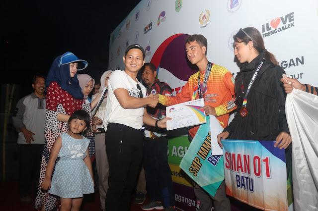 Bupati Trenggalek Tutup Festival Paralayang Nasional 2019