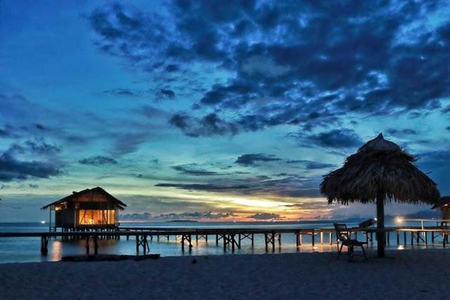 Suasana Senja Pulau Cinta Gorontalo