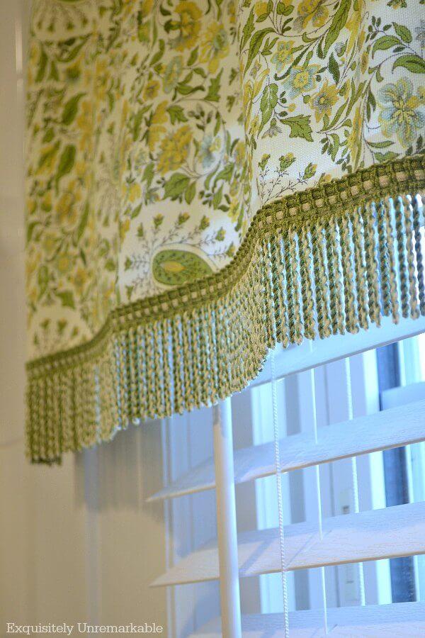 Waverly Fabric Paisley Verveine Spring Green