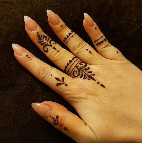 kids-finger-mehndi-designs