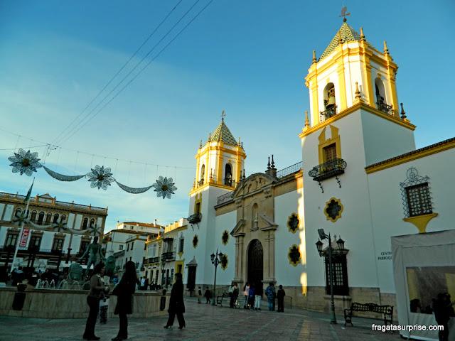 Praça e Igreja do Socorro, em Ronda, Andaluzia