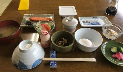 石塚旅館の朝食