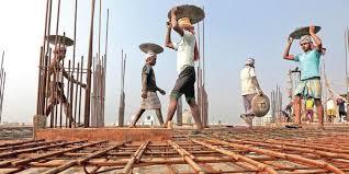 স্টেট্ রিফর্ম একশান প্ল্যান (SRAP) অনুযায়ী পশ্চিমবঙ্গের স্থান সপ্তমে