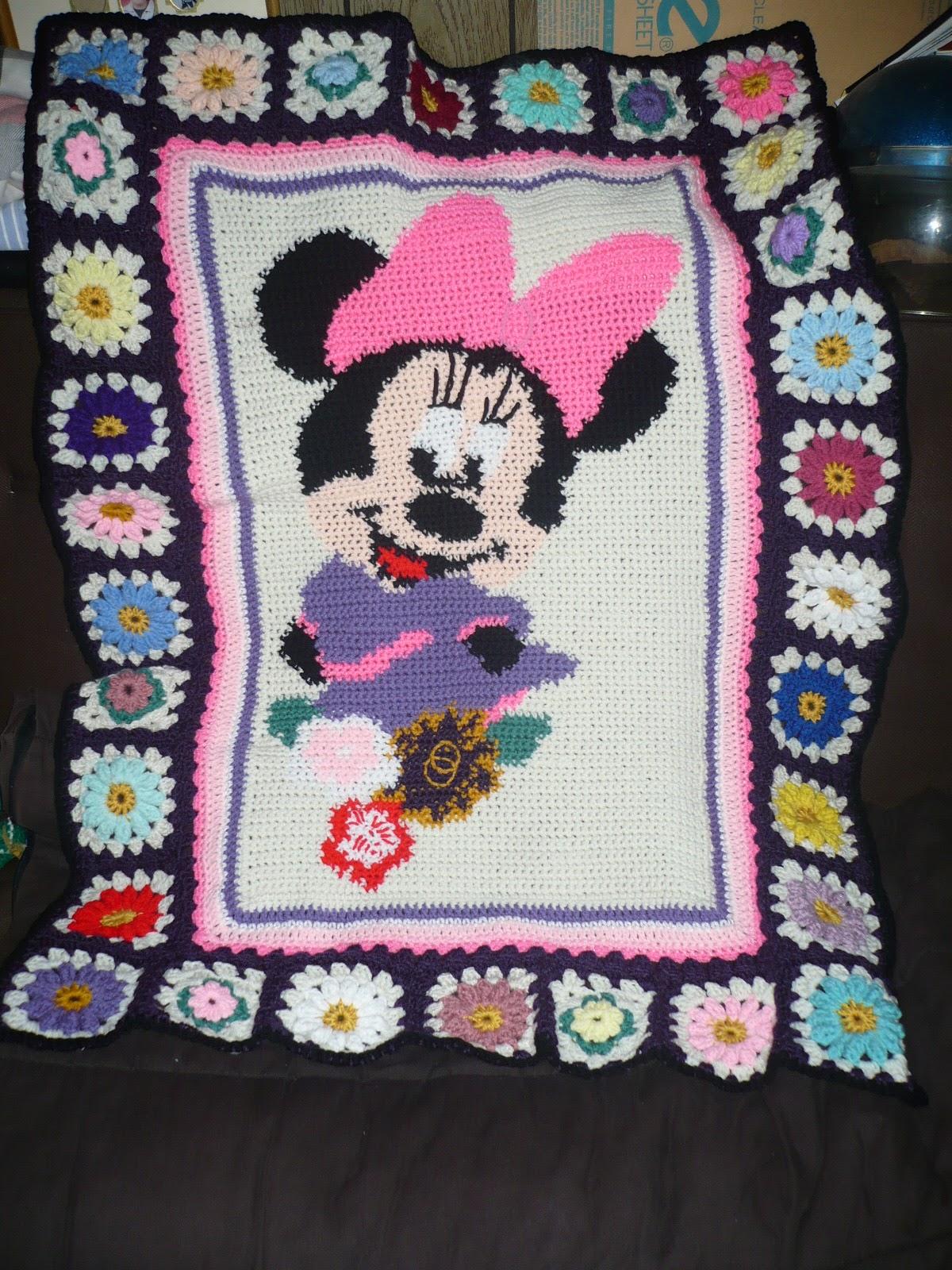 Stitches Crochet Minnie Mouse Blanket