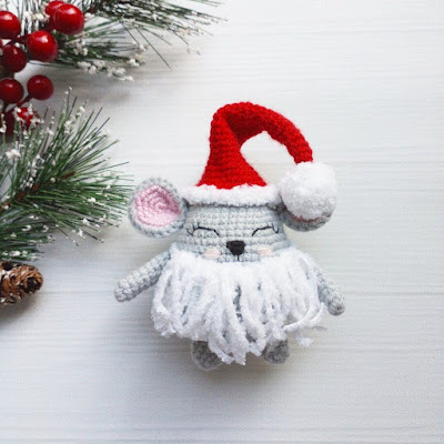 Новогодний мышонок крючком