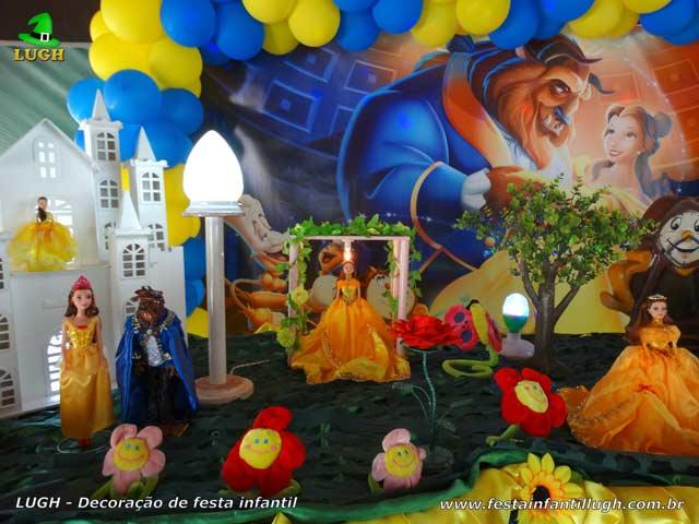 Decoração de festa tema da Bela e a Fera - Mesa temática luxo