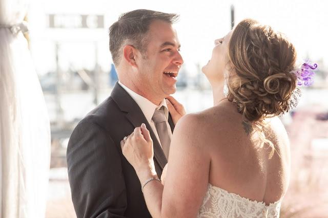 His & Hers Foto Galveston Bride