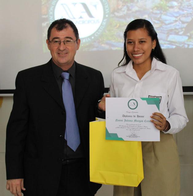 Ganadores de Becas Universitarias del Certamen de Literatura de Nueva Acrópolis Santa Ana, El Salvador