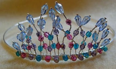Beading classes, make a tiara