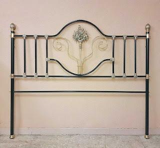 Cabecero cama de forja dorada