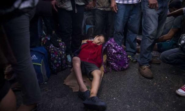 Migrant caravan could prompt a wider confrontation between Mexico, US