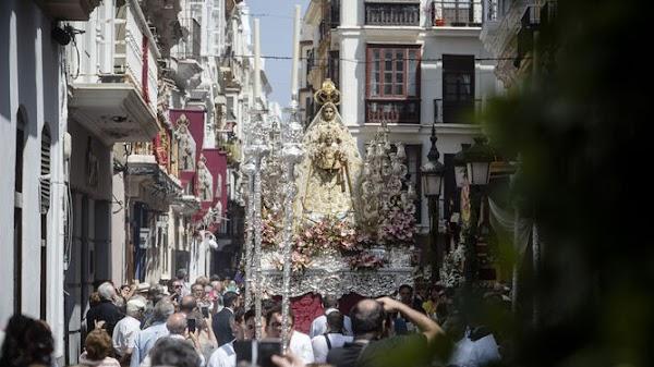 """Coronavirus en Cádiz: Pocas opciones de que haya procesiones """"en meses"""""""