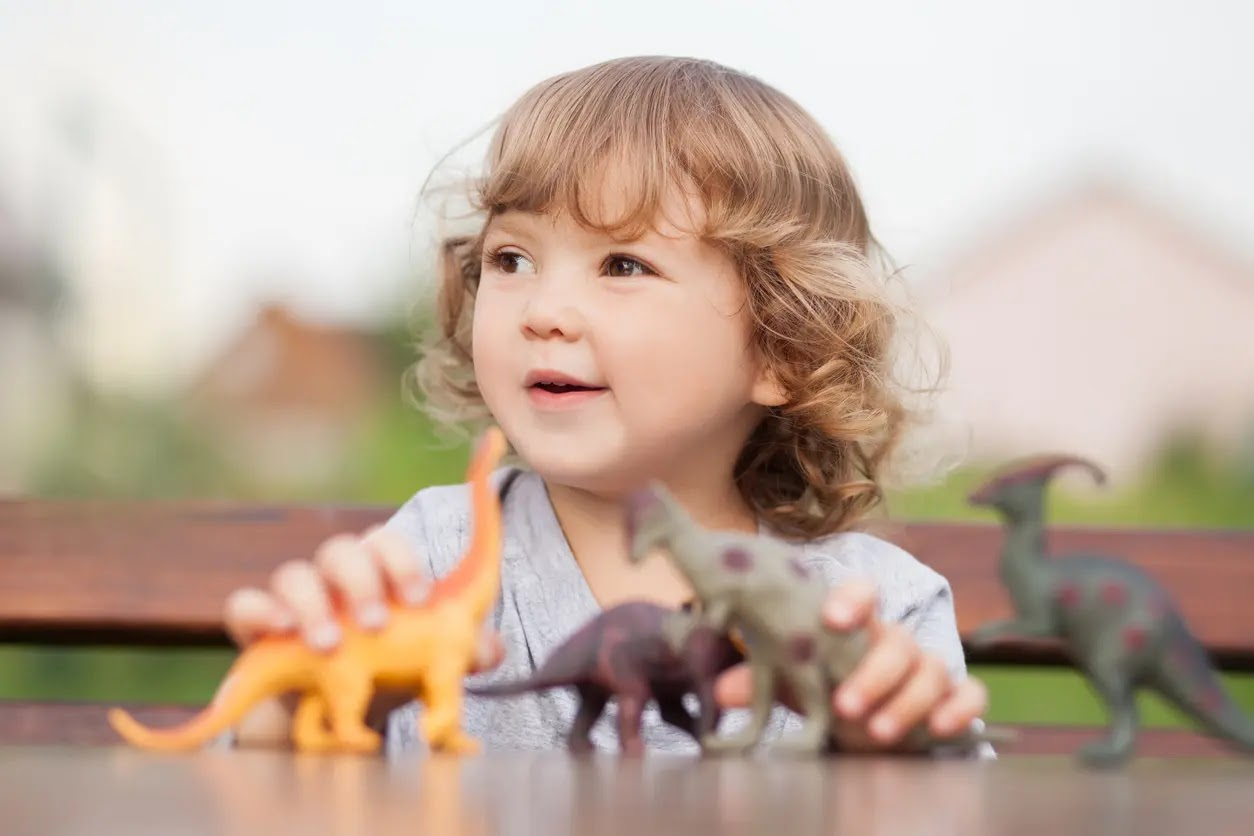 Kids Obsessed With Dinosaurs