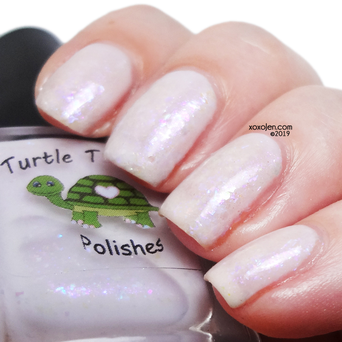xoxoJen's swatch of Lilac Iridescence