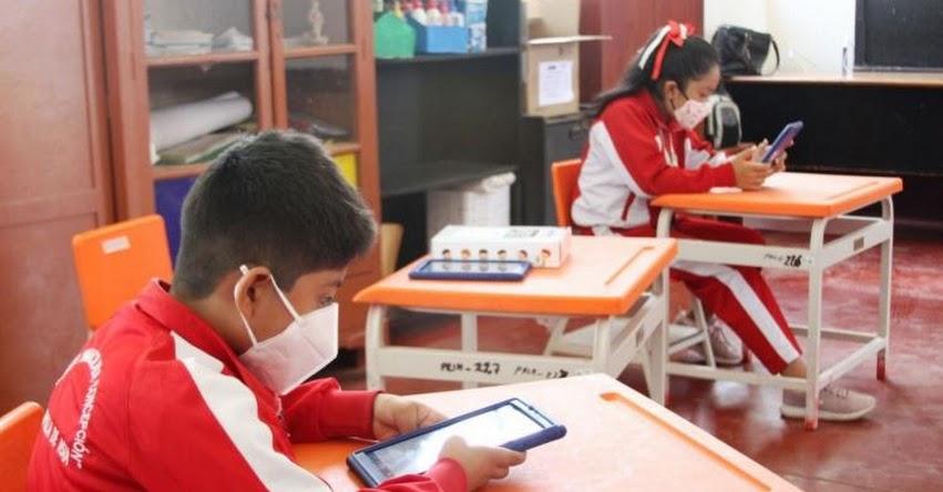 MINEDU: Más de 85 mil colegios están habilitados para clases semipresenciales a nivel nacional