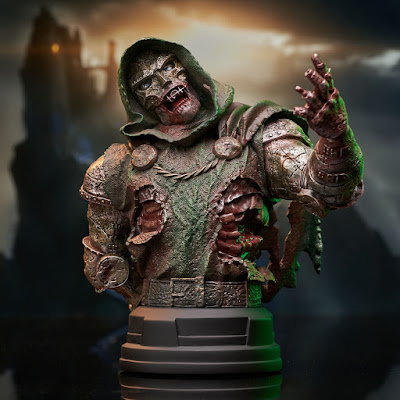New York Comic Con 2021 Exclusive Marvel Zombie Doctor Doom Mini Bust by Gentle Giant x Diamond Select Toys