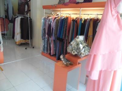 Etalase Display Butik Hijab + Furniture Semarang