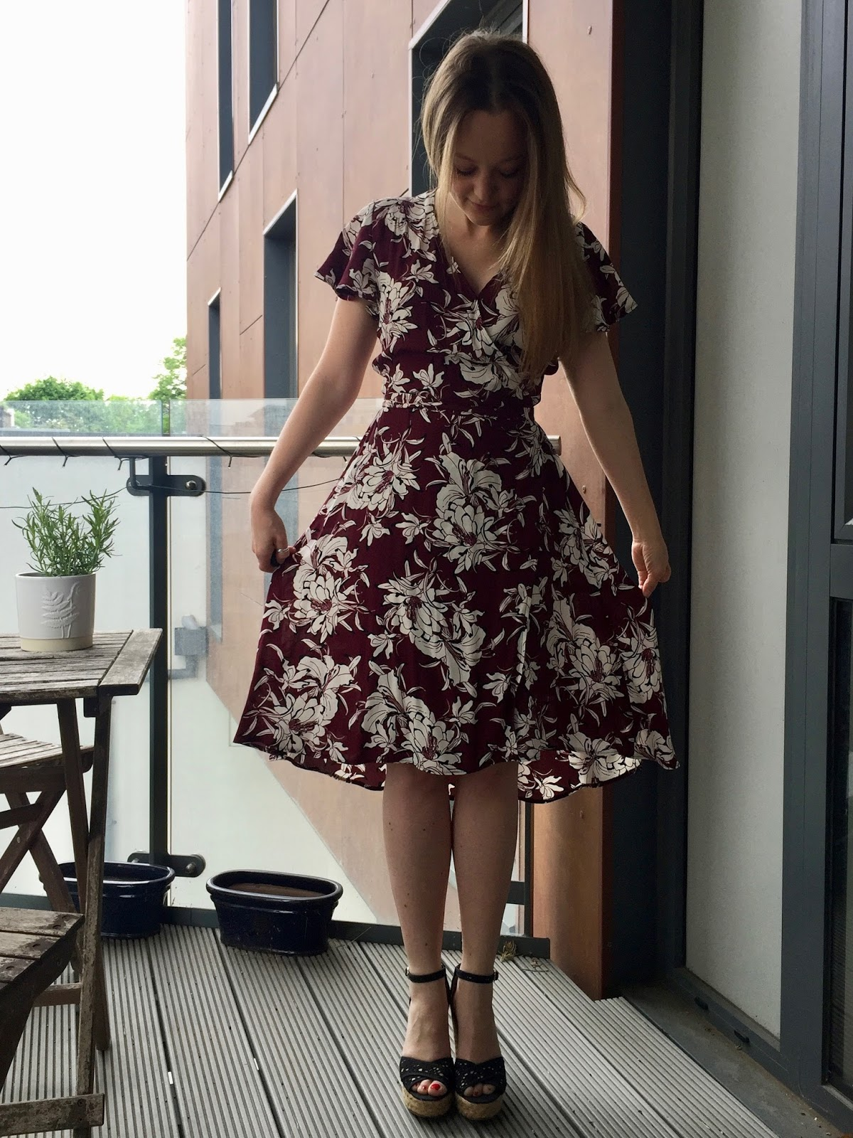 Skirts 2017 Fashion Brands Long Skirt Elastic Waistline Summer Star Pattern Sequined Star Models Net Yarn Style Super Cents Big Swing Bright And Translucent In Appearance Bottoms