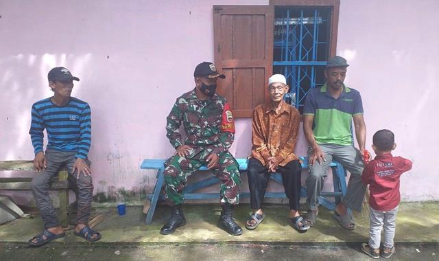 Personel Jajaran Kodim 0207/Simalungun Jalin Silaturahmi Dengan Cara Komsos Dengan Tokoh Masyarakat