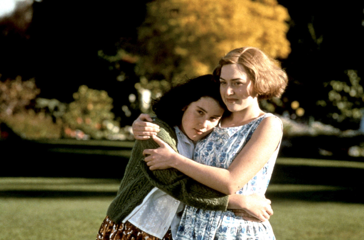 PAUSE. REWIND. OBSESS.: 117. HEAVENLY CREATURES (1994