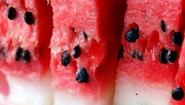 Delapan Manfaat Air Rebusan Biji Semangka Untuk Kesehatan Dan Kecantikan