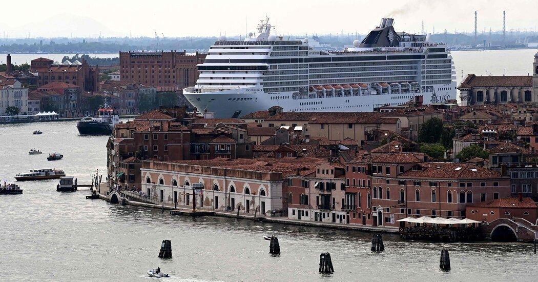Navios de grande porte não podem navegar no centro histórico de Veneza