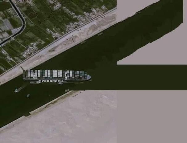 đào thêm một kênh phụ để con tàu Ever Given có đường thoát mới ra biển