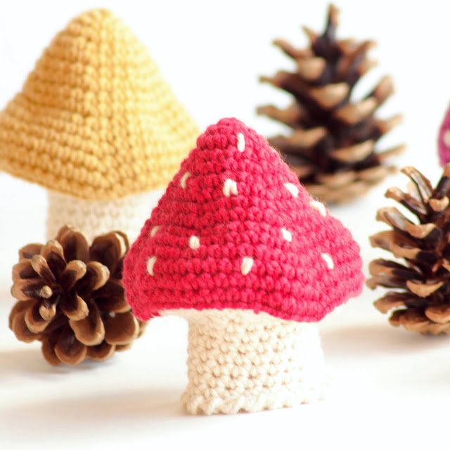 champignons au crochet. Black Bedroom Furniture Sets. Home Design Ideas