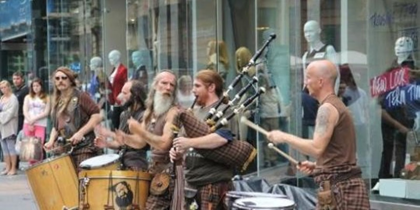 Excellent Performance By Talented Scottish Drummers' Band Clanadonia