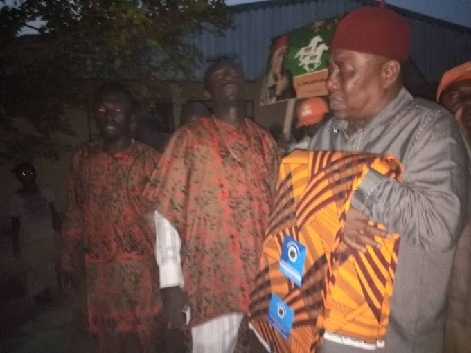 HAPPENING NOW: OCHENDO BIDS  FAREWELL TO WASHINGA AS BOSSOM FRIEND IS LAID TO REST IN ACHALLA, AWKA NORTH 16/1/2019  BY EJIKE FAVOUR