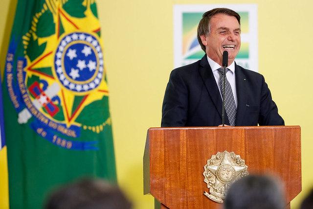 Bolsonaro lança Programa Nacional das Escolas Cívico-Militares