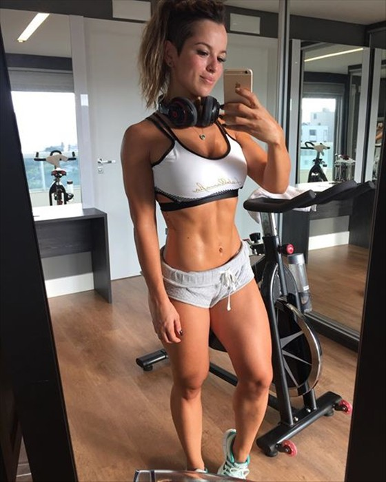 Fitness Model ALICE MATOS Instagram photos
