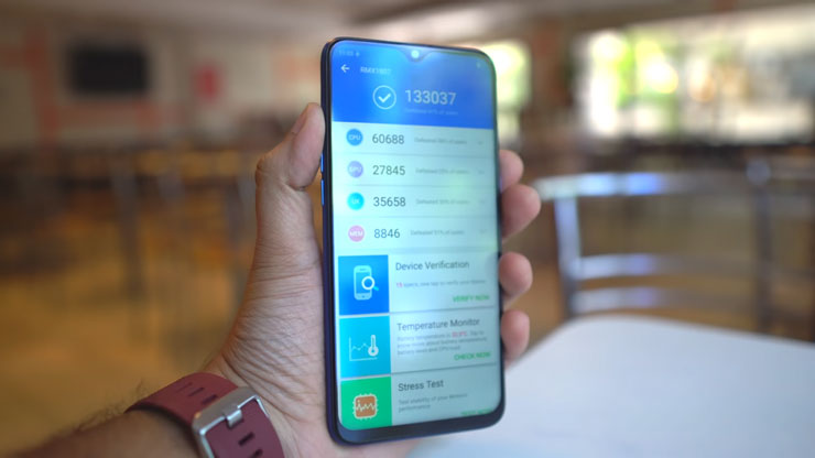 سعر و مواصفات هاتف اوبو Oppo Realme 2 Pro