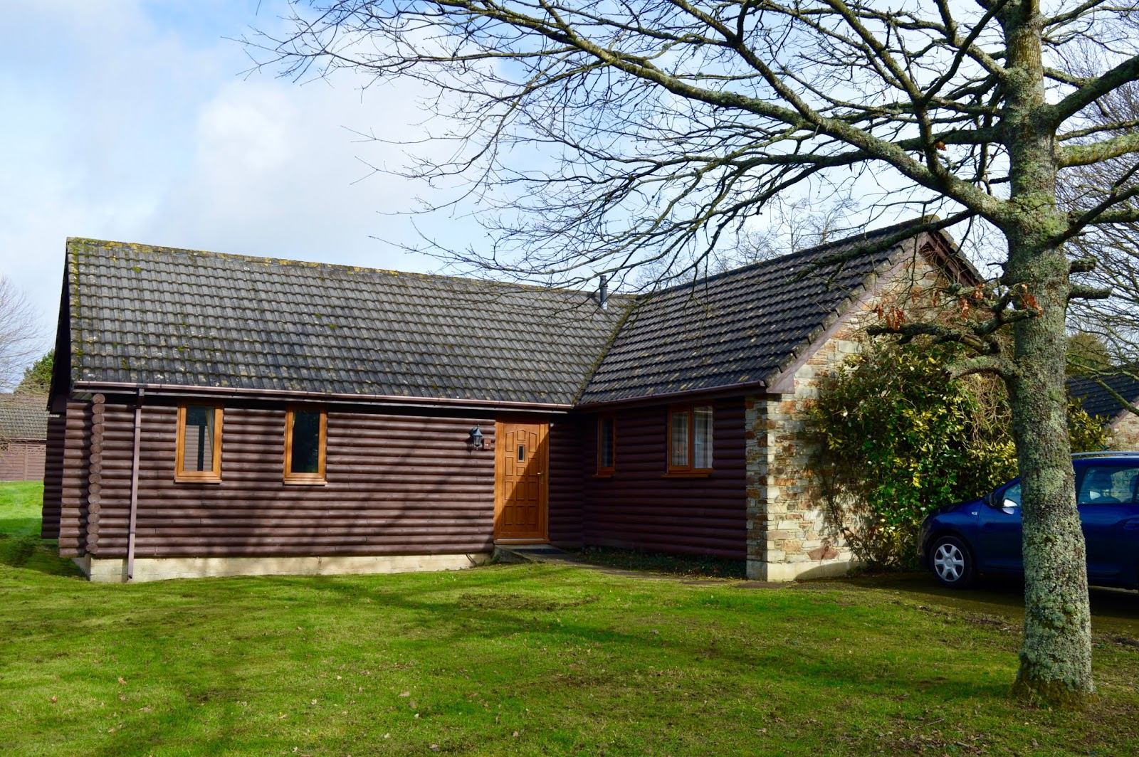 Waterside Cornwall Review | Self-Catering Lodges Near The Eden Project - 3 bed lodge exterior