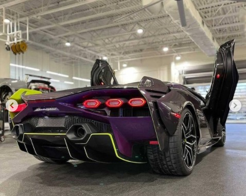 Tampilan Belakang Lamborghini Sian
