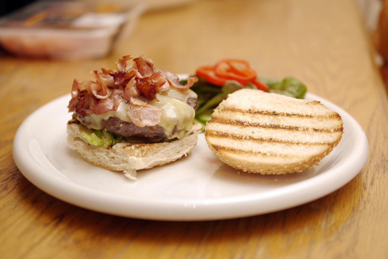 Heston Blumenthal S Ultimate Burger Waitrose London Burger Quest