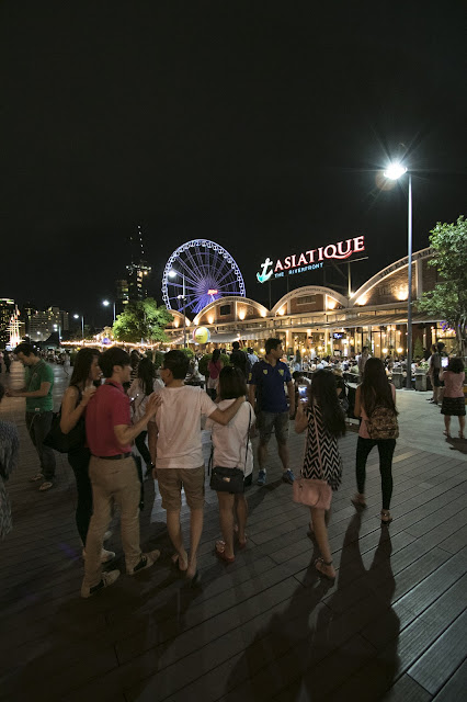 Waterfront Asiatique-Bangkok
