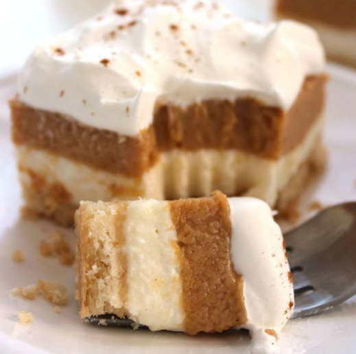 PUMPKIN LUSH BARS #desserts #cakes #pumpkin #bars #pie